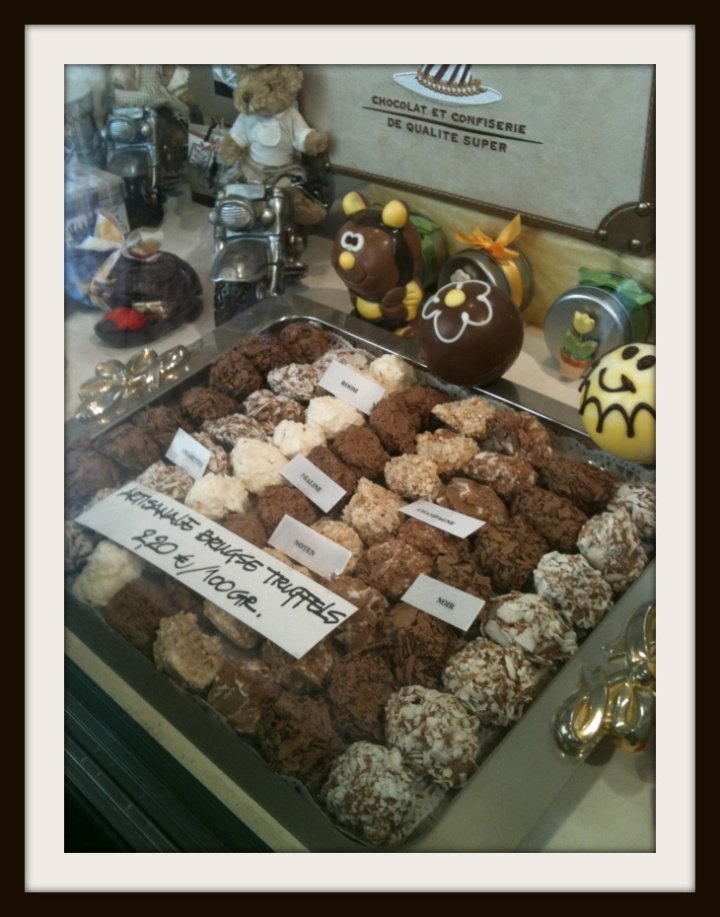 chocolate window display in Brugge