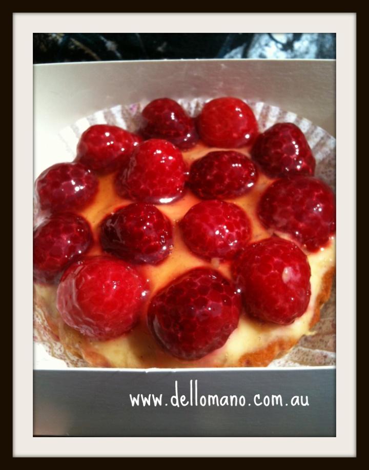 strawberry tart in Gordes