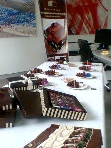 Dello Mano Luxury Brownie display