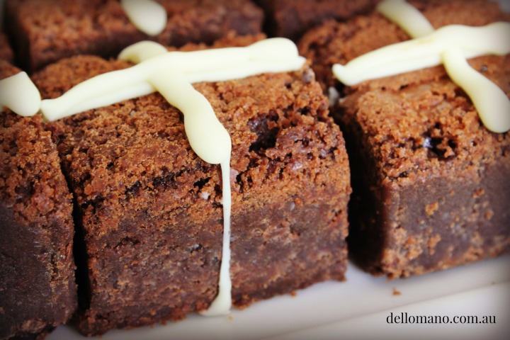 BROWNIE HOT CROSS DRIPPING