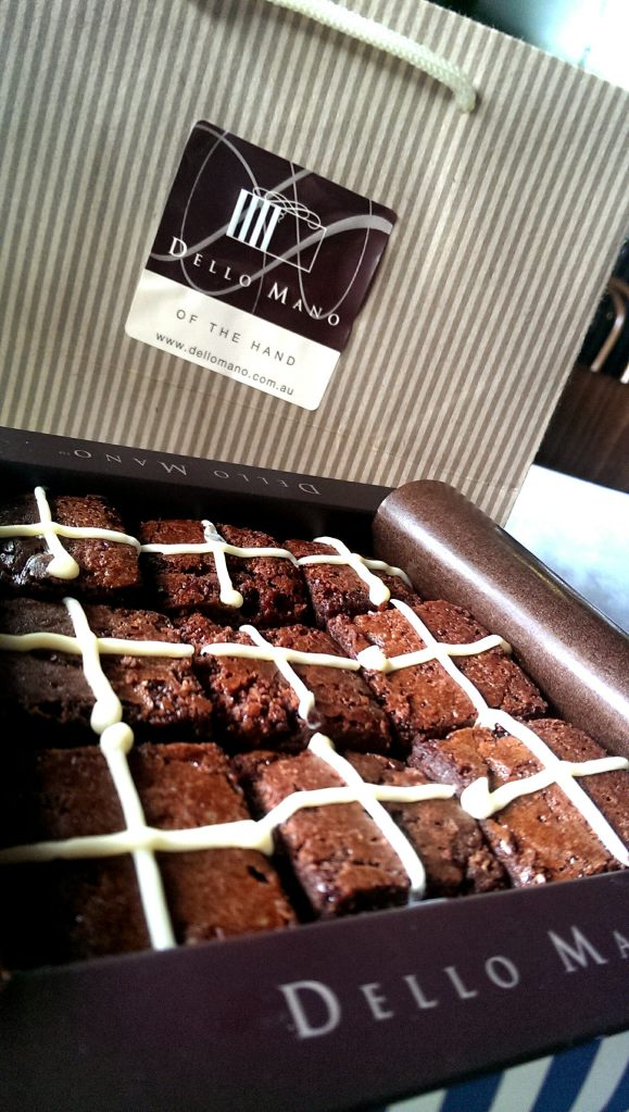 Dello Mano Chocolate Brownie Gift Box for Easter