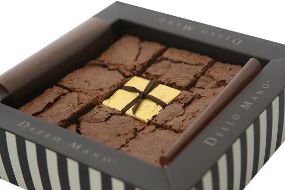 Dello Mano- Luxury Brownie- Classic- Unwrapped-9 Piece-GiftBox-Open Box