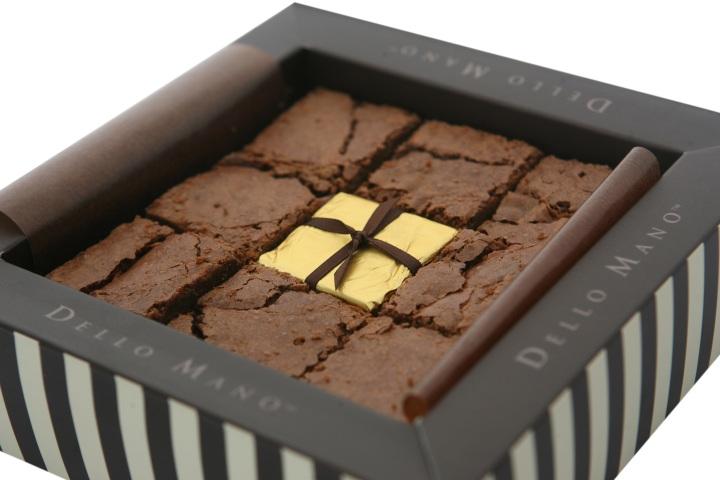 Dello Mano- Luxury Brownie- Classic- Unwrapped-9 Piece-GiftBox-Open Box