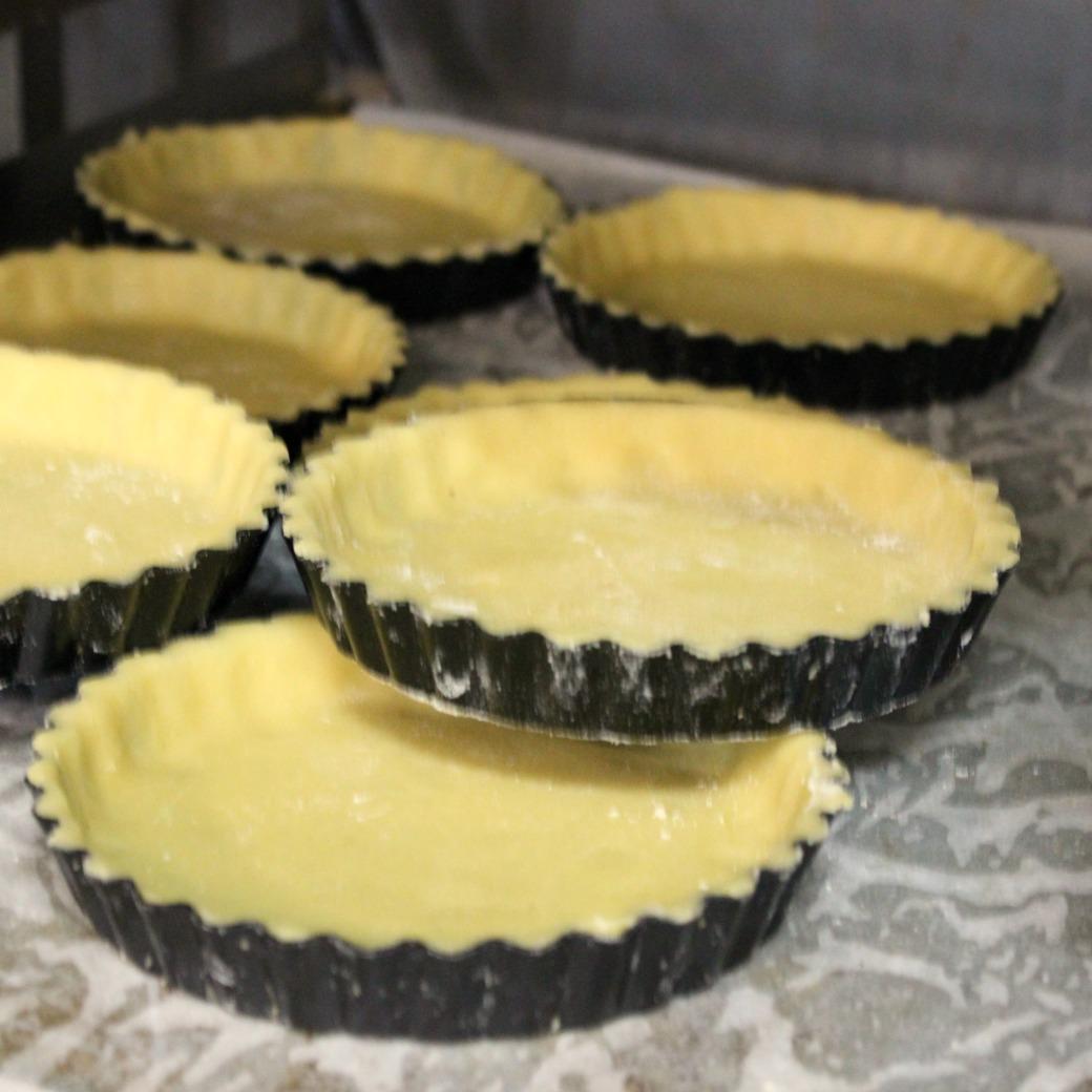 the art of the tart in tart cases