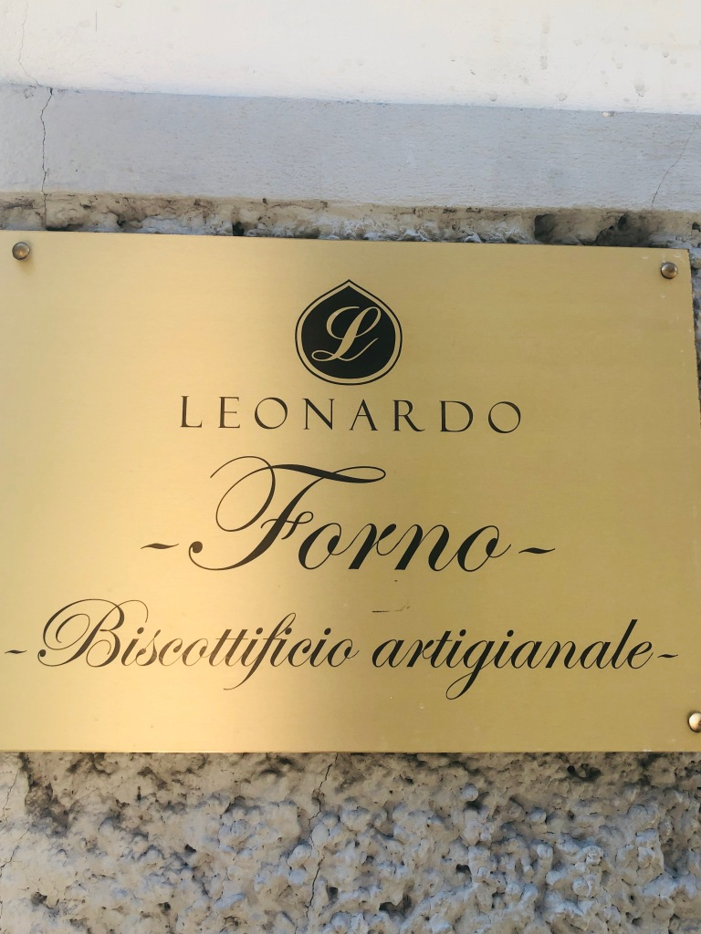 The Brass plate at Leonardo in Florence says quality!
